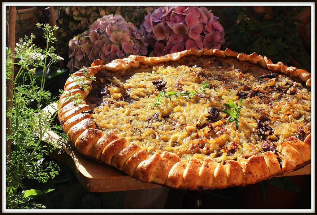 Lækker fransk løg-pizza-